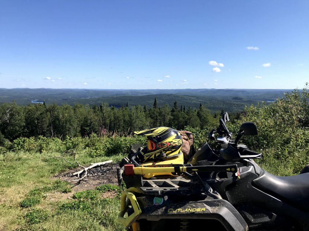 Randonnée en quad dans les pays d'en haut