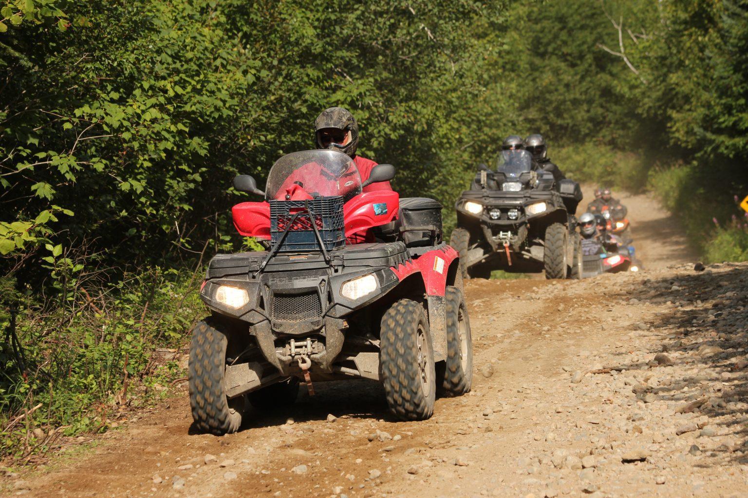 Pratique du quad dans les réserves fauniques